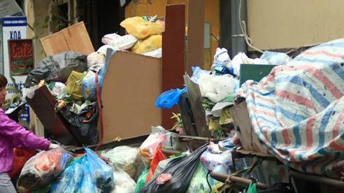 Hà Nội tiếp tục xử lý quyết liệt vấn đề 'ùn tắc rác'