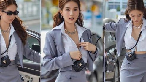 Ngọc Trinh mặc như nữ sinh Nhật Bản nhưng bỏ lơ cúc áo cực bạo