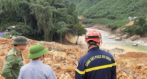 Sẽ ngăn đập trên sông Rào Trăng tìm kiếm các nạn nhân còn mất tích