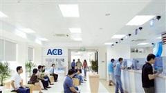 Bán bảo hiểm độc quyền cho Sunlife, ACB nhận về phí trả trước trên mỗi khách hàng cao gấp 2-3 lần so với các nhà băng khác