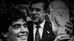 Chúng ta biết ơn Maradona vì niềm vui ông mang lại cho thế gian này