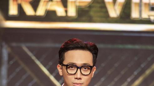 Gặp gỡ 'Phù thuỷ' trang phục cho MC Trấn Thành tại RapViệt 2020