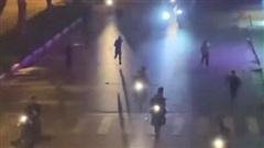 Tạm giữ hình sự 4 đối tượng trong vụ mang hung khí hỗn chiến trên phố