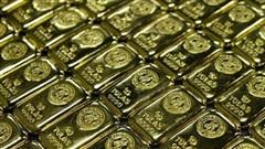 Giá vàng châu Á hướng tới tuần giảm thứ 3 liên tiếp