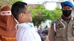 Bị đánh 146 roi vì tội ấu dâm, gã thanh niên kêu gào xin tha