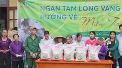 Quảng Bình: Trao 2000 suất quà hỗ trợ người dân vùng lũ