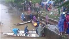 Quảng Bình: Thanh niên tử vong thương tâm sau khi lái xe lao xuống sông