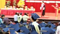 Tự chủ đại học nhưng khó xử lý giảng viên 'sáng cắp ô đi, chiều cắp ô về'?