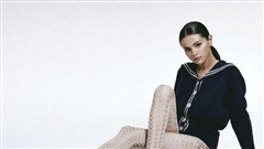 Selena Gomez: 'Phụ nữ nên ủng hộ lẫn nhau'