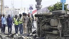 Đánh bom liều chết tại Somalia, 14 người thương vong