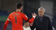 Tottenham 'không vui' nhưng Mourinho hài lòng