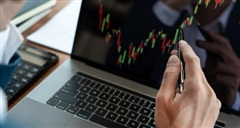 Thị trường chứng khoán: VN-Index đang trong vùng quá mua