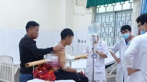 Thiếu niên ở Quảng Ngãi bị cây keo đâm xuyên người thoát 'lưỡi hái tử thần'