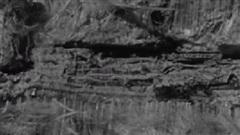 Vật liệu thần kỳ 'dệt từ đá': Dùng làm vải liệm xác ướp Ai Cập, hơ vào lửa sáng như mới!