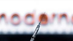 Moderna xin cấp phép khẩn cấp vaccine ngừa COVID-19