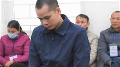 Người chồng đâm vợ trọng thương vì nghi bị 'cắm sừng' lĩnh án