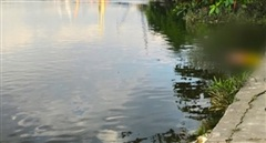 Thi thể người phụ nữ không nguyên vẹn nổi trên sông Sài Gòn