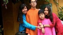 Ca sĩ Thuỳ Dung: 'Các con tôi chịu chế độ giáo dục khá hà khắc của mẹ'