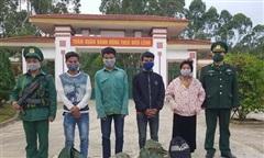 Bắt giữ 4 người nước ngoài nhập cảnh trái phép