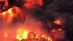 Xe chở pháo lậu ngờ phát nổ bốc cháy kinh hoàng, 2 người chết, 6 người bị thương