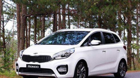 Giá xe ôtô hôm nay 3/12: Kia Rondo thấp nhất 559 triệu đồng