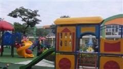 Bé gái 4 tuổi gặp nạn phải nhập viện sau khi vui chơi hoạt động ngoài trời tại trường