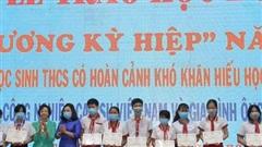 Trao 240 suất học bổng cho học sinh nghèo tỉnh Sóc Trăng