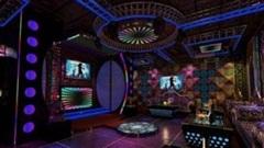 Nữ nhân viên trẻ đẹp bị thanh niên khống chế, hiếp dâm ngay tại quán karaoke