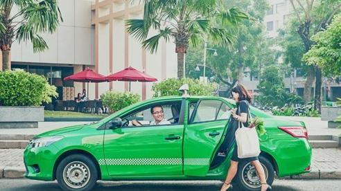 Từ 5/12, Grab tăng giá cước dịch vụ GrabCar, tăng khấu trừ của tài xế trên mỗi chuyến xe
