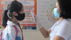 Hà Nội yêu cầu học sinh và giáo viên thường xuyên đeo khẩu trang