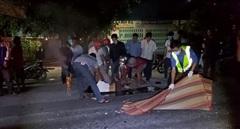 Va chạm xe máy, 2 người tử vong tại chỗ 1 người nguy kịch