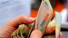 Trộm 40.000 USD về đưa hết vợ cất giữ