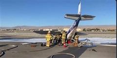 Máy bay Mỹ đột ngột rơi trên đường băng, một nữ phi công bị thương nặng