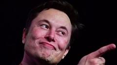 Giới bán khống cổ phiếu Tesla lỗ 35 tỷ USD trong chưa đầy 1 năm, mức cao chưa từng có trong lịch sử