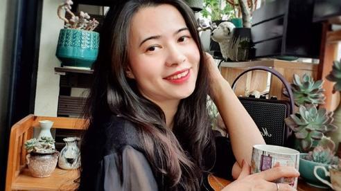 Ban công 6m² đẹp bình dị của chủ nhân dành tình yêu đặc biệt cho sen đá ở Hà Nội