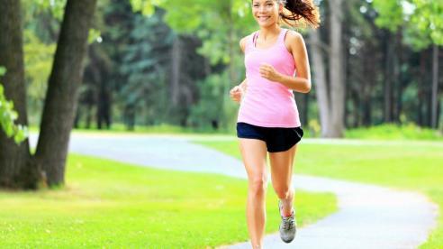 Tại sao chạy bộ buổi chiều lại tốt hơn buổi sáng?