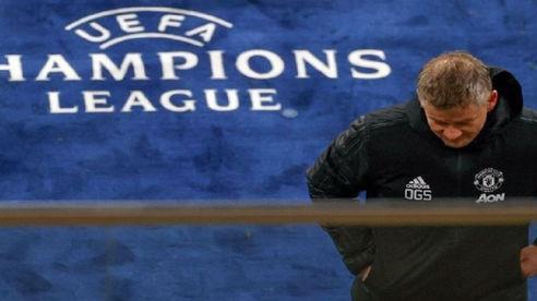 Man United bị loại: Cuộc phiêu lưu của những 'gã hề'
