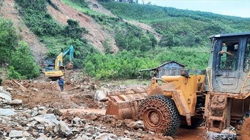 Quảng Nam: Phát hiện bộ xương người, nghi là nạn nhân trong vụ sạt lở núi