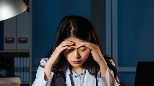 Những tác hại đến sức khỏe khi thức khuya