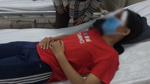 Thêm một nữ sinh bị nam thanh niên đánh nhập viện sau va chạm giao thông