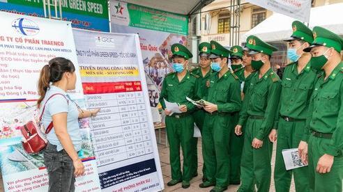 Nghệ An: Phiên giao dịch việc làm thu hút hơn 4.000 vị trí việc làm