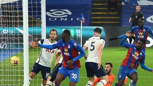 Tottenham bị Crystal Palace cầm chân 1-1