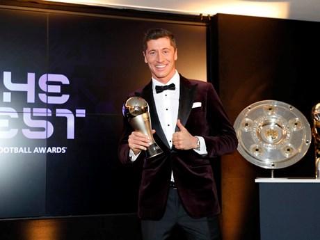 Lewandowski giành danh hiệu Cầu thủ hay nhất năm của FIFA