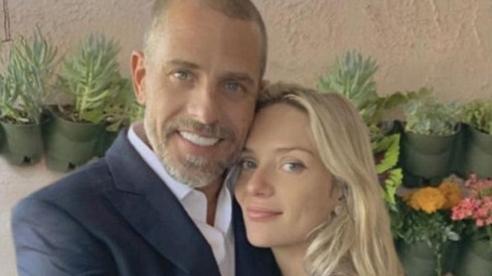 Vợ trẻ xinh đẹp, giỏi giang 'hớp hồn' con trai ông Joe Biden chỉ sau 6 ngày hẹn hò