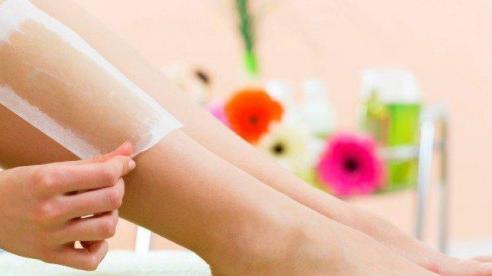 Triệt lông chân cực nhanh mà không cần đến spa