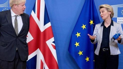 EU và Anh bước vào 'những giờ đàm phán cuối cùng'