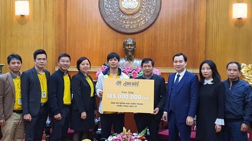 Công Phượng và đồng đội chung tay ủng hộ miền Trung