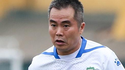 'Mourinho Việt Nam' 44 tuổi vẫn chạy như máy ở trận đấu huyền thoại Công an Hà Nội - Thể Công