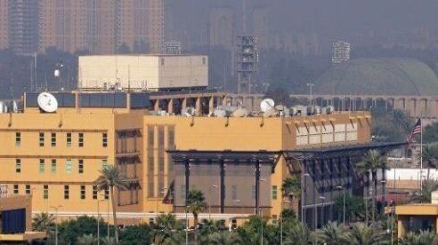 Đại sứ quán Mỹ tại Iraq bị nã rocket, tên lửa khai hỏa