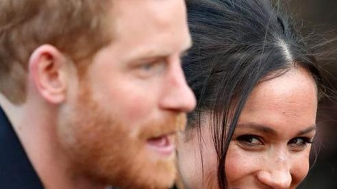 Harry và Meghan tiết lộ bí mật hoàng gia - 'cơn ác mộng' của Cung điện Buckingham